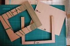 cornice per foto fai da te cornice fai da te con il cartone riciclato il tutorial