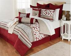 the great find delancey 16 bedding set floral