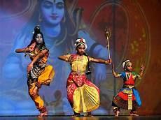 Light In India Quad Citians Celebrate Diwali The Indian Festival Of
