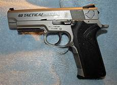 S W Sd9ve Tactical Light S Amp W 40 Tactical Pistol For Sale