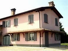 perlinato soffitto tettoia angolare a sbalzo a due falde linea classica