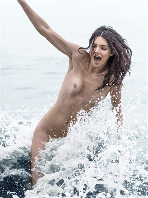 Free Naked Beach Pics