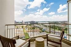 Amli Design District Pool Apartments At Amli Design District Dallas