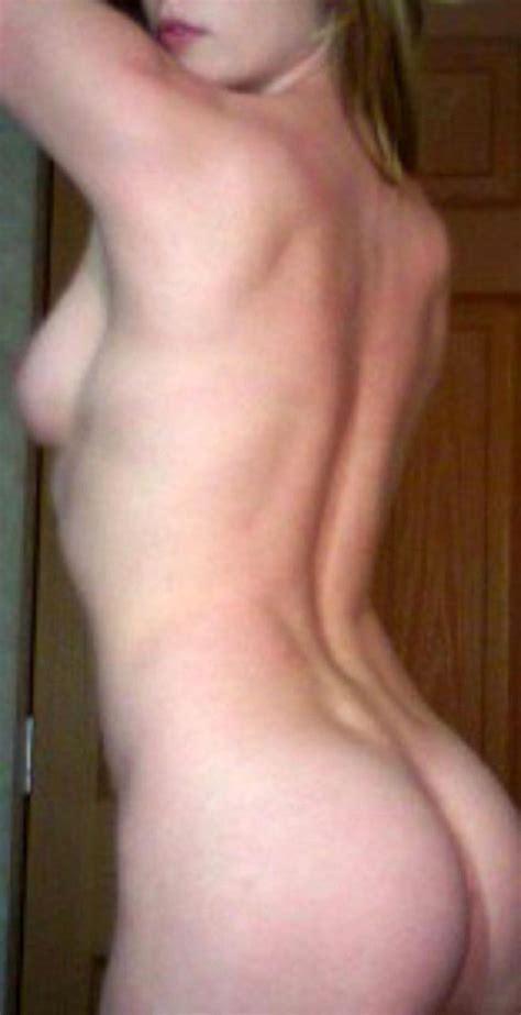 Housewife Nude Redhead