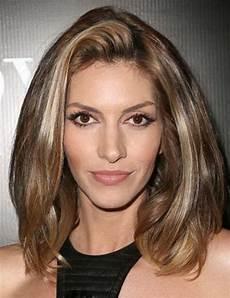 frisuren dickes haar mittellang medium length layered haircuts for thick hair