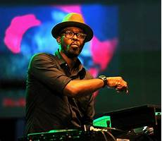 South African House Music Charts 2016 Dj Black Coffee Sorry After Being Nabbed For Speeding