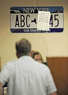 Illinois Dmv Eye Chart Wary Eyes Over End Of Vision Tests Times Union