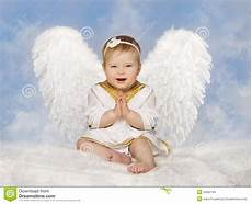 baby engel baby wings angelic cupid toddler kid clasped