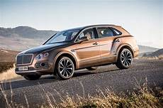 2017 bentley bentayga second drive review motor trend