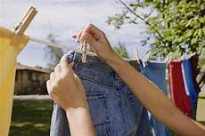 hang clothes how to hang clothes on a clothesline