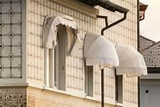 tenda da sole usata tende da sole per proteggere gli spazi outdoor