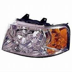 2003 Ford Expedition Light Assembly For 2003 2006 Passenger Side Ford Expedition Front
