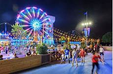 Blue Cross Riverrink Tree Lighting Here S The Summer Schedule For Cherry Street Pier Spruce