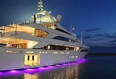 how to feel like you own your own luxury yacht