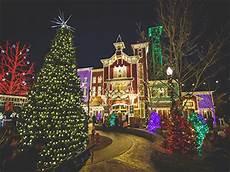 Christmas Lights Ozark Mo An Old Time Christmas In Branson Explorebranson Com