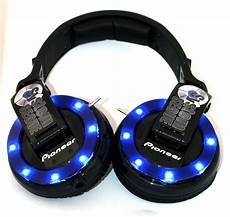 Custom Design Earphones Customcans Co Uk Custom Headphone Blog
