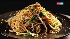 cucina con gordon ramsay cucina con ramsay 84 spaghetti con peperoncino sardine