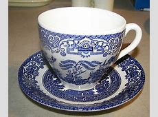 English Ironstone Tableware Staffordshire Blue Willow Cup