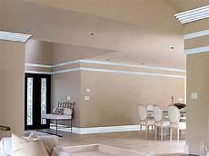 cornici di polistirolo per pareti cornici polistirolo pareti boiserie in ceramica per bagno