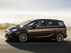 Opel Zafira 2019 by 2019 Opel Zafira Car Photos Catalog 2019