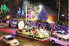Gatlinburg Of Lights Parade 2016 Gatlinburg Christmas Parade Cancelled