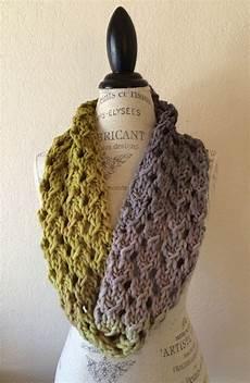 bulky lace cowl free knitting pattern nobleknits