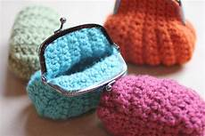 crochet coin purse repeat crafter me
