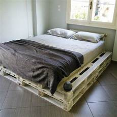 How To Make A Pallet Bed Frame With Lights 20 Pallet Ideas You Can Diy For Your Home 99 Pallets