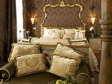 tendaggi antichi damask upholstery fabrics in the metropole venice hotel