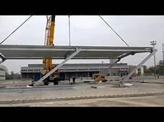 capannone acciaio montaggio capannone con un sollevamento