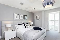 Light Gray Bedroom Decorating Ideas For A Small Bedroom