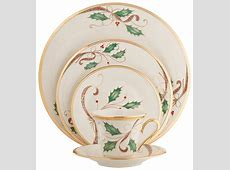 Holiday Dinnerware: Elegant, Quirky, & Unique Styles to