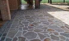 pavimentazione cortili perch 233 scegliere i pavimenti in pietra lavorazione