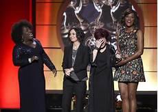 The Talk Awards Daytime Emmys 2017 Ellen Degeneres Quot The Talk Quot Win Big