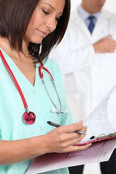 Jobs In Medical Assistant Field 5 Career Suggestions In Growing Fields Supporting Education