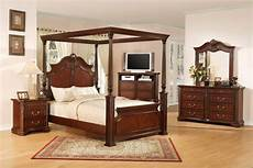 Vintage Canopy Bed Antique Furniture And Canopy Bed Canopy Bed