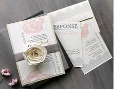 tutorilio 32 contoh desain undangan pernikahan unik