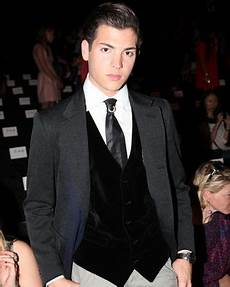 peter brant ii reportedly caught kissing a cute brunette