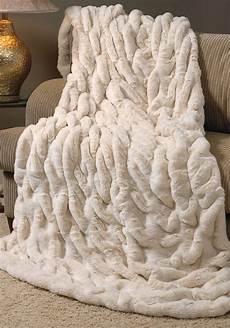 faux fur blanket homesfeed