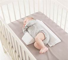 cuscino per dormire in prenatal delta baby sleep side positioner u mamma