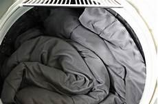 lavatrice per piumoni come lavare il piumone in lavatrice tutto per casa