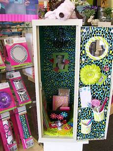 Cute Locker Designs Available At S Hallmark In East Moline Locker Lookz