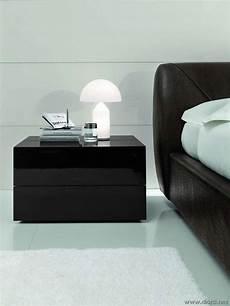 comodini neri da letto nera foto design mag