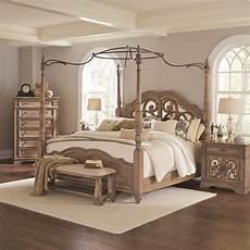 coaster ilana king canopy bed with mirror back headboard