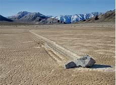 acamento vale da morte pedras viajantes um fen 244 meno no vale da morte calif 243 rnia