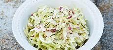 coleslaw opskrift sommer coleslaw med rygeost opskrift cole slaw mad