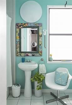 small apartment bathroom decorating ideas 50 best small bathroom decorating ideas tiny bathroom