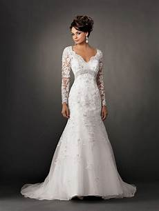 basic and main types of wedding dresses with sleeves 009
