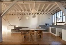 travi in legno per soffitto trasformare le travi in legno soffitto con l uso