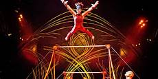 Derriere La Magie Derri 232 Re La Magie Du Cirque Du Soleil Dh Les Sports